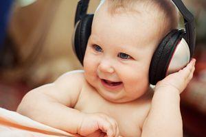 Музыка для детей до года