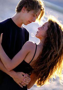 Первый поцелуй с парнем