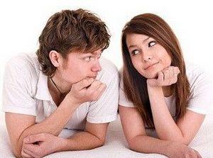 Девушка изменяет парню с симпатичным незнакомцем