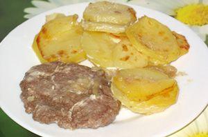 Жаркое из фарша с картофелем